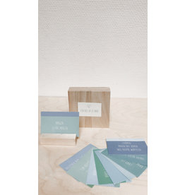 Mus in een Plas Klein gelukje - Een kus op je hart - Doosje + houten blokje + 10 poëzietjes