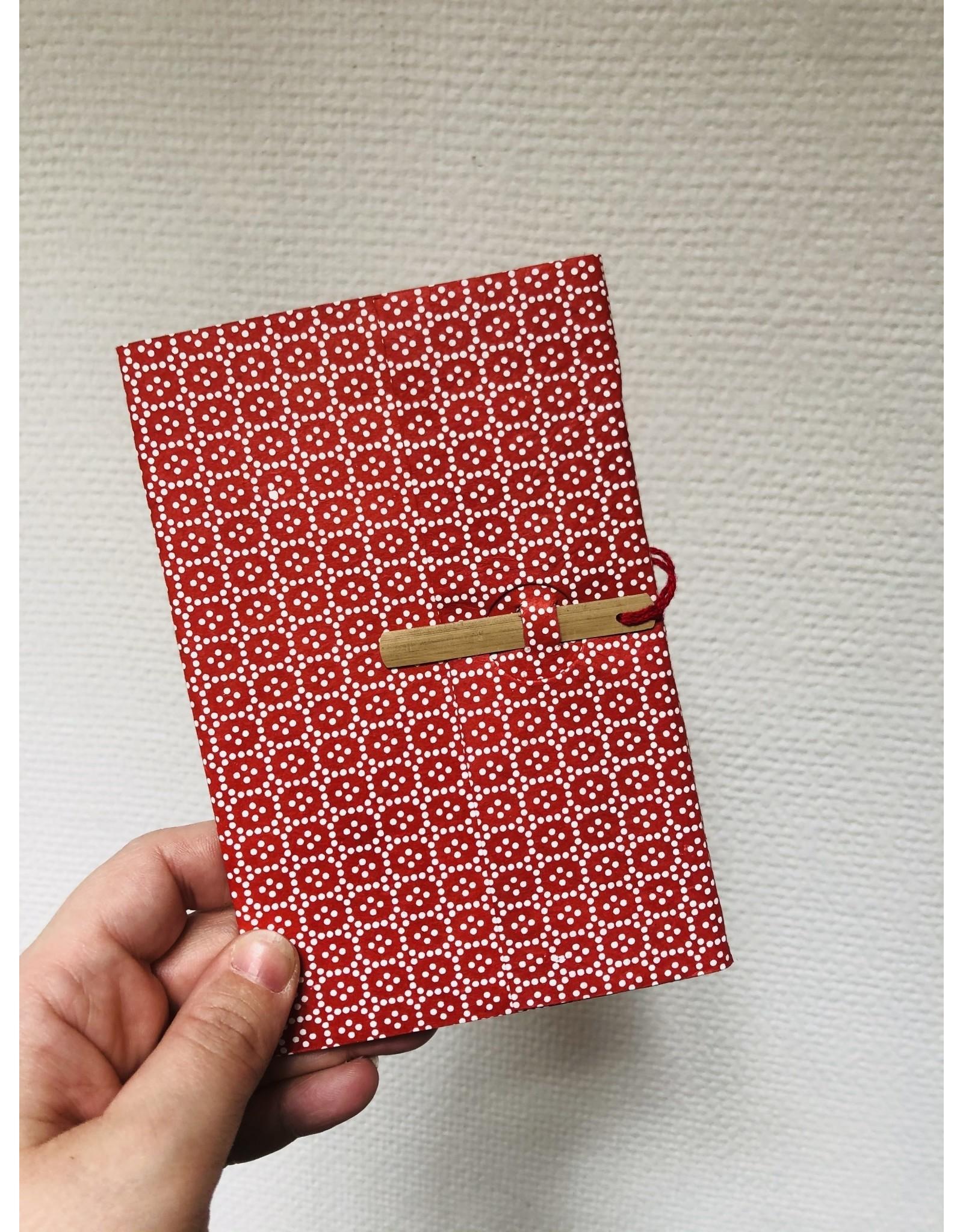 Lamali Boekje Escapade - Rood Bolletjes patroon - Zachte papieren kaft  - 20 ivoren pagina's - Handgemaakt 100% katoenpapier - 10  x 15,5 cm