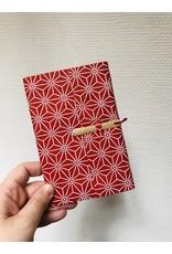 Lamali Boekje Escapade - Rood Sterren Patroon - Zachte papieren kaft  - 20 ivoren pagina's - Handgemaakt 100% katoenpapier - 10  x 15,5 cm
