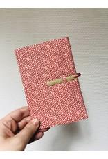 Lamali Boekje Escapade - Rood Bloemetjes patroon - Zachte papieren kaft  - 20 ivoren pagina's - Handgemaakt 100% katoenpapier - 10  x 15,5 cm