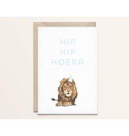 Kathings Wenskaart - Leeuw Hip hip hoera - Dubbele kaart + Envelope  - Blanco