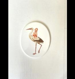 Lylies Ovaal Paneeltje - Ooievaar en baby - Porselein - 10 x 12 cm