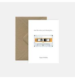 Pink Cloud Studio Wenskaart - Casette Tape - Dubbele Kaart met envelop - blanco