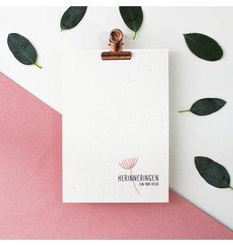 Hello August Wenskaart - Herinneringen zijn er voor altijd  - Postkaart + enveloppe- A6 - Blanco