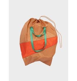 Susan Bijl The Trash Bag XL, Horse & Red Alert - 37 x 77 x 33 cm