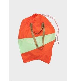 Susan Bijl The Trash Bag XL, Red Alert & Error - 37 x 77 x 33 cm