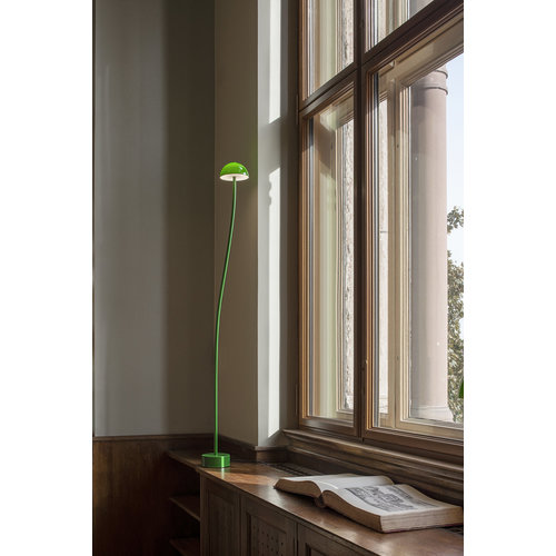 Zero Zero Curve floor-L 150cm 20diam. Green glass
