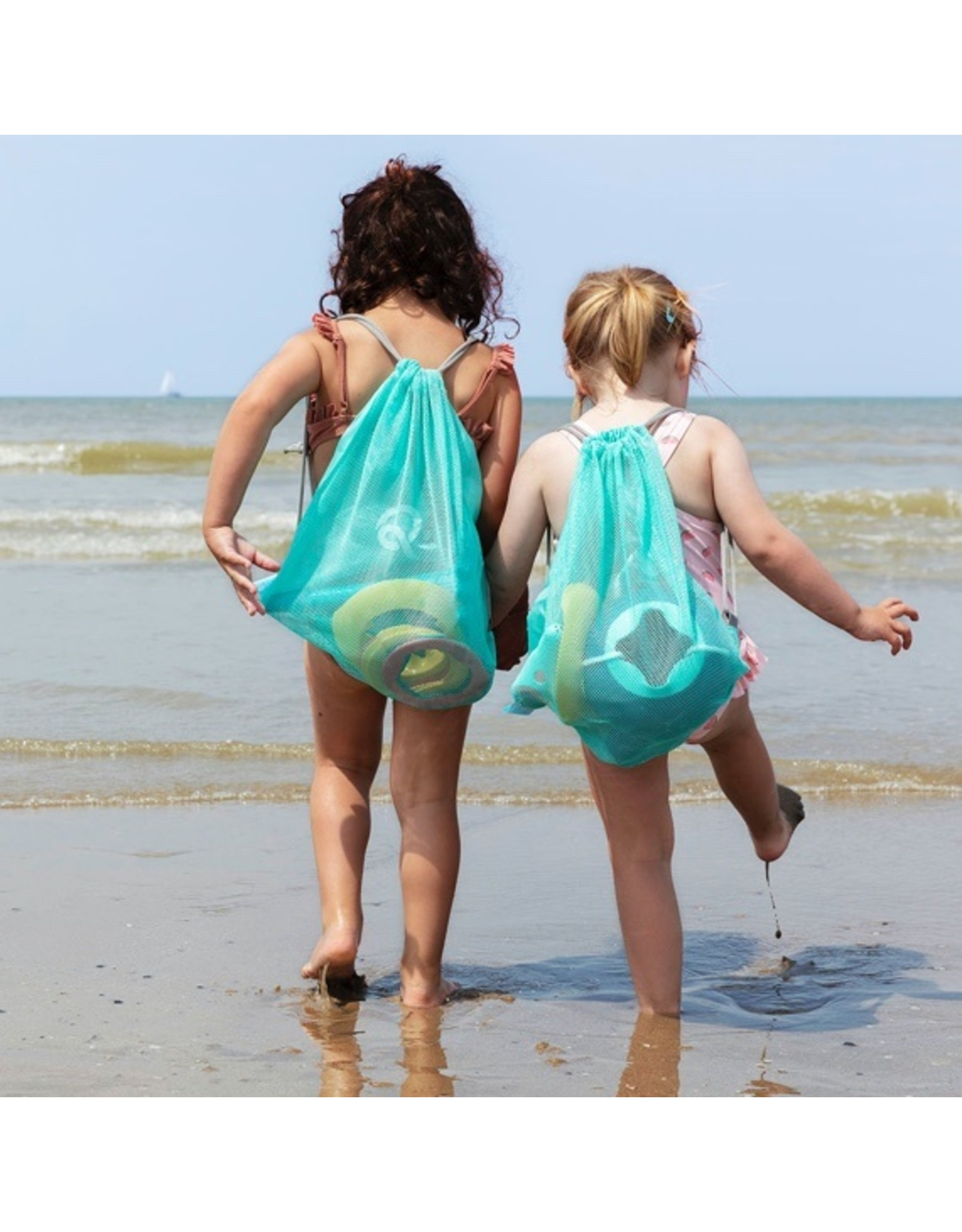 Quut Beach Set : 1 Triplet + 1 Ringo combi (6rings + 1 ball) + 1 mesh bag