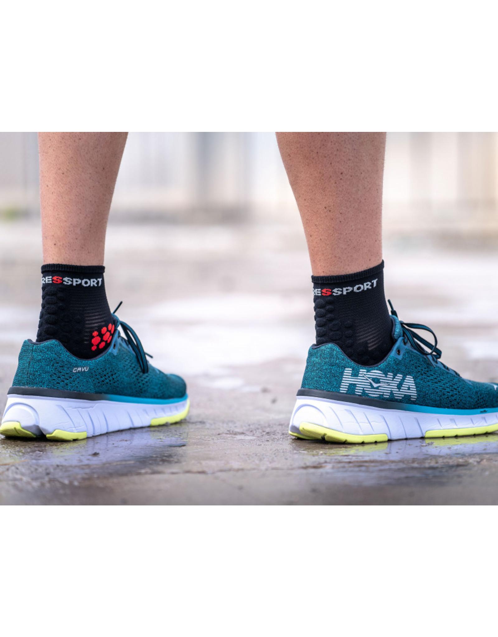 Compressport Pro Racing Socks V3.0 Run High Chaussettes De Running Haute - Noir