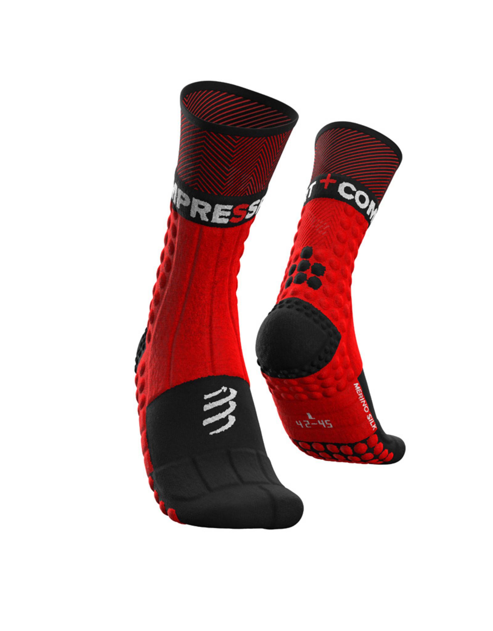 Compressport Pro Racing Socks Winter Trail Hardloopsokken - Zwart/Rood