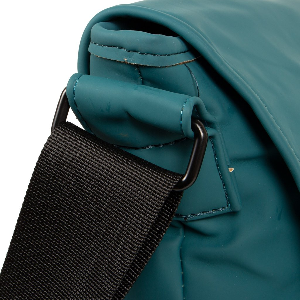 Mart Shoulderbag A4 Flapover Petrol VIII | Umhängetasche