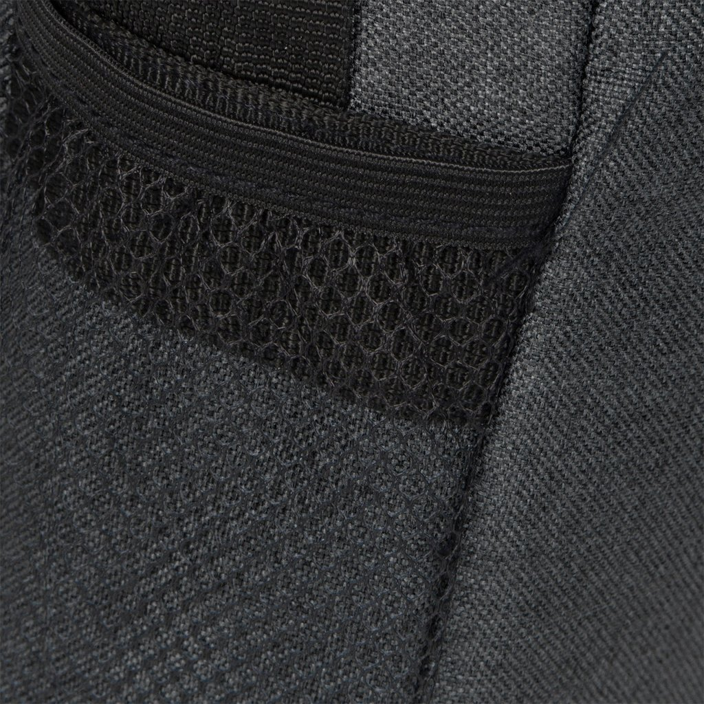 New Rebels®  Heaven25 - Medium Schoudertas  A5 - Crossbodytas met flap - Zwart