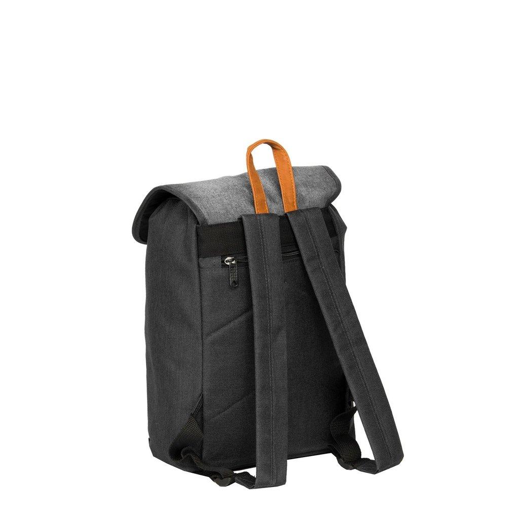 Creek Small Flap Backpack Black IV