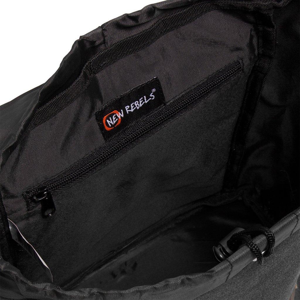 Creek Small Flap Backpack Black IV | Rugtas | Rugzak