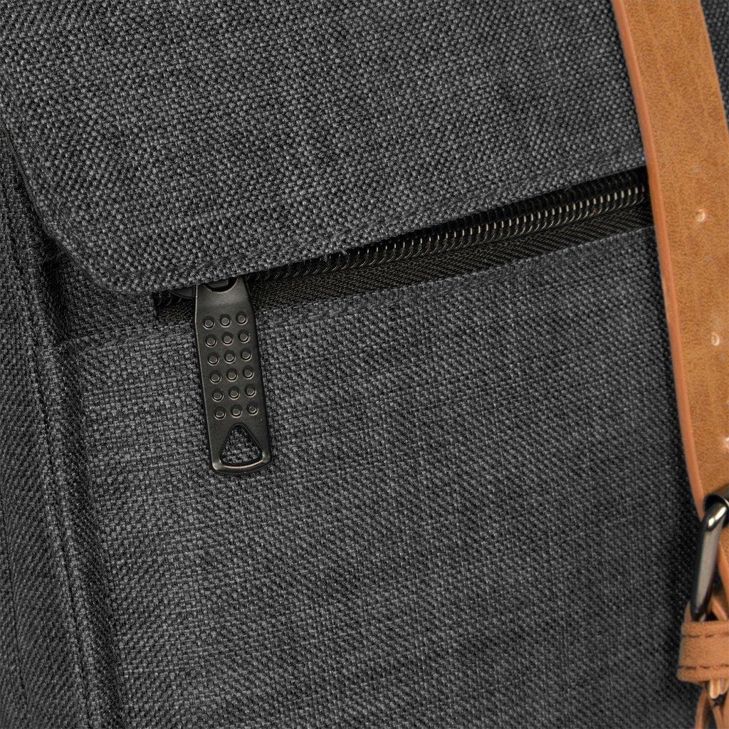 Heaven Square Backpack Black 5L XXIV | Rucksack