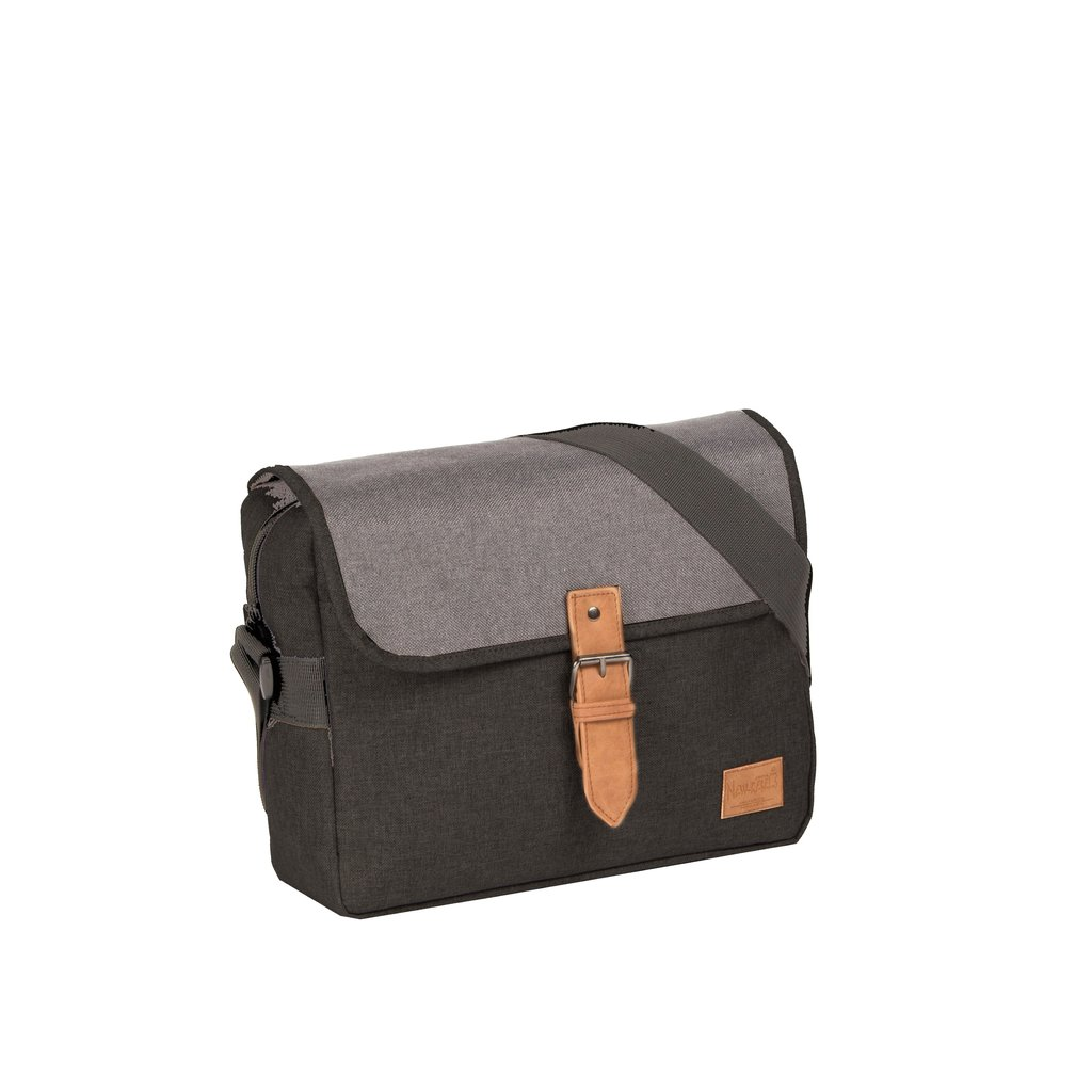 Creek Medium Flap Black II | Umhängetasche