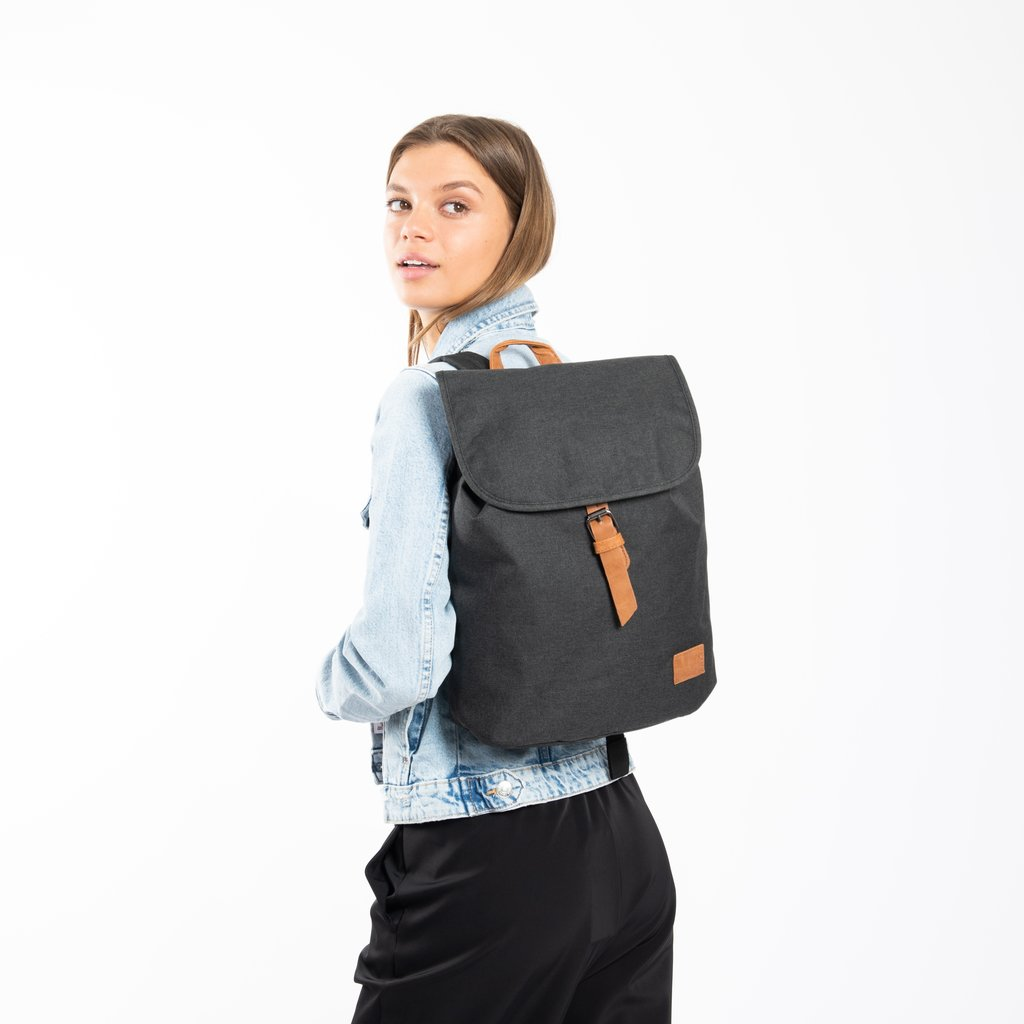 Heaven Small Flap Backpack Anthracite XIX | Rugtas | Rugzak