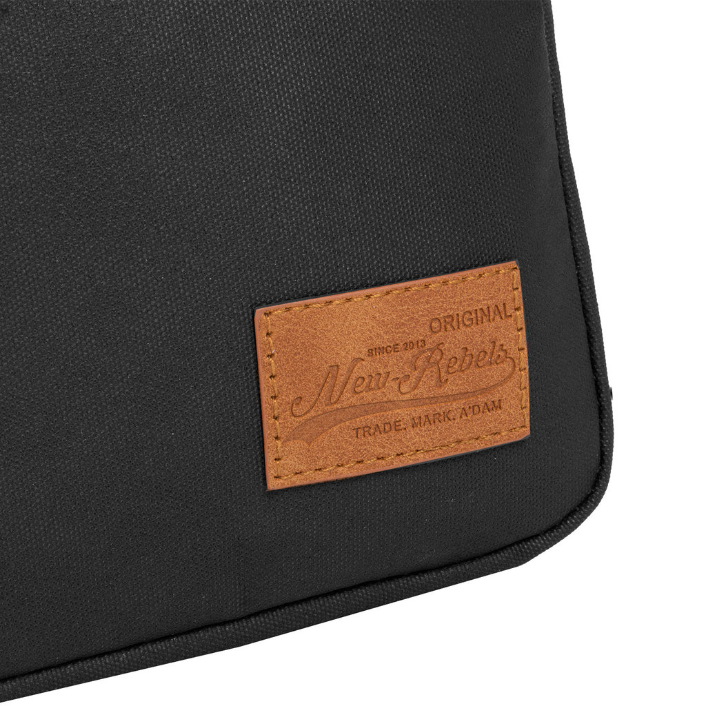 New-Rebels®  Waxed Crossover Black