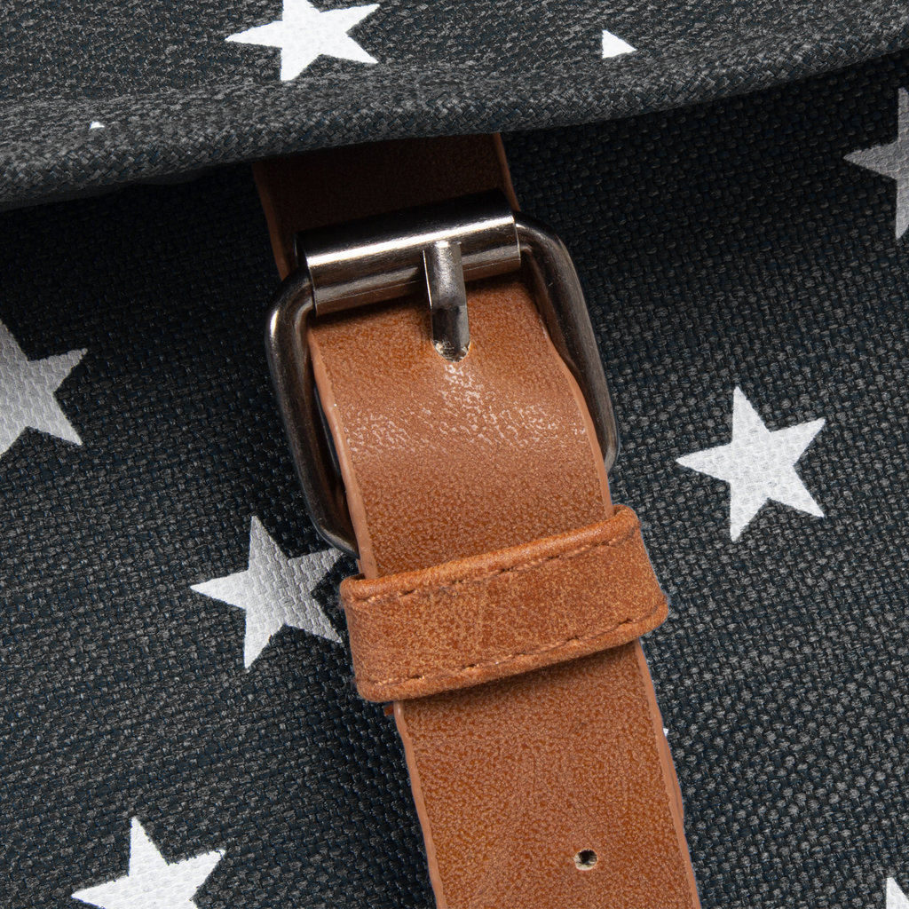 New-Rebels® star small flap backpack black