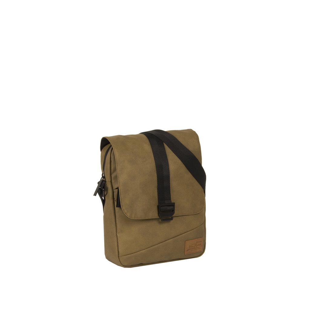 Waxed brown small flap