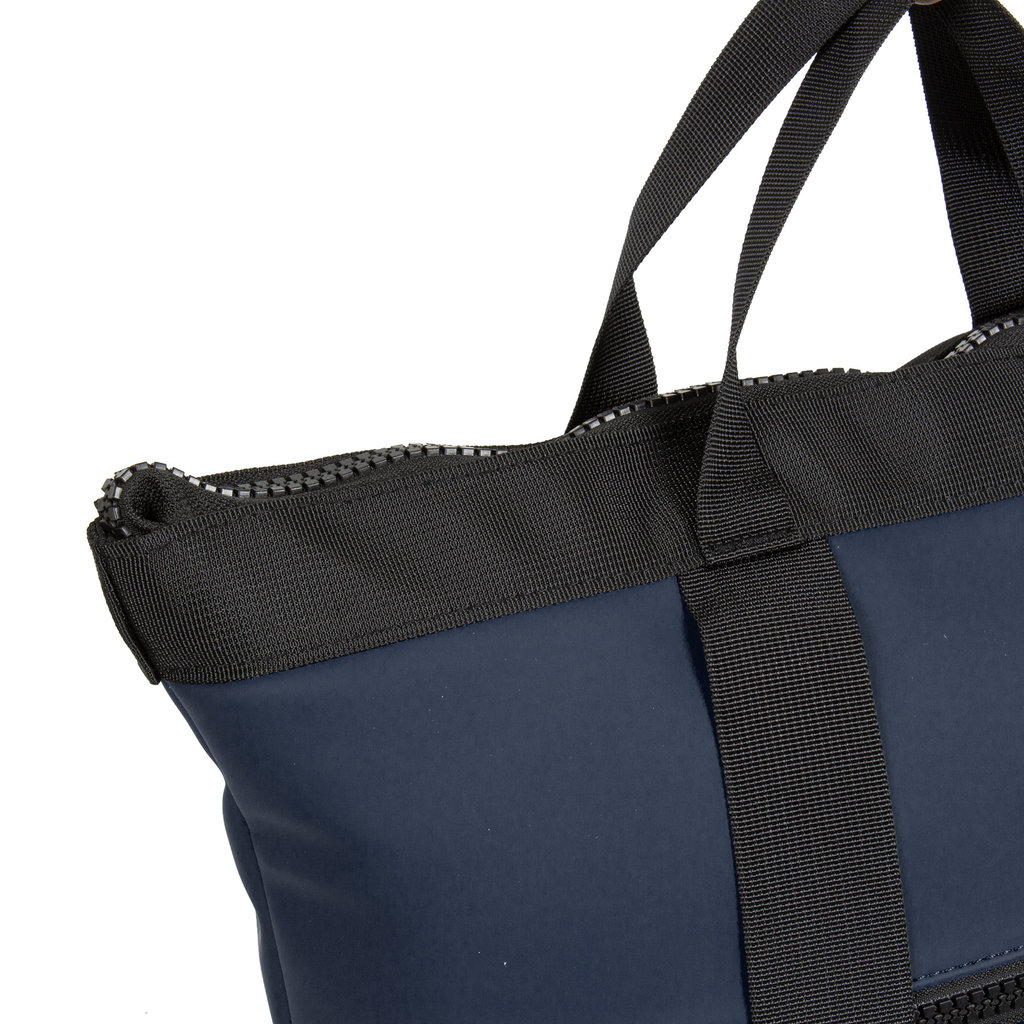 Mart navy shopper backpack