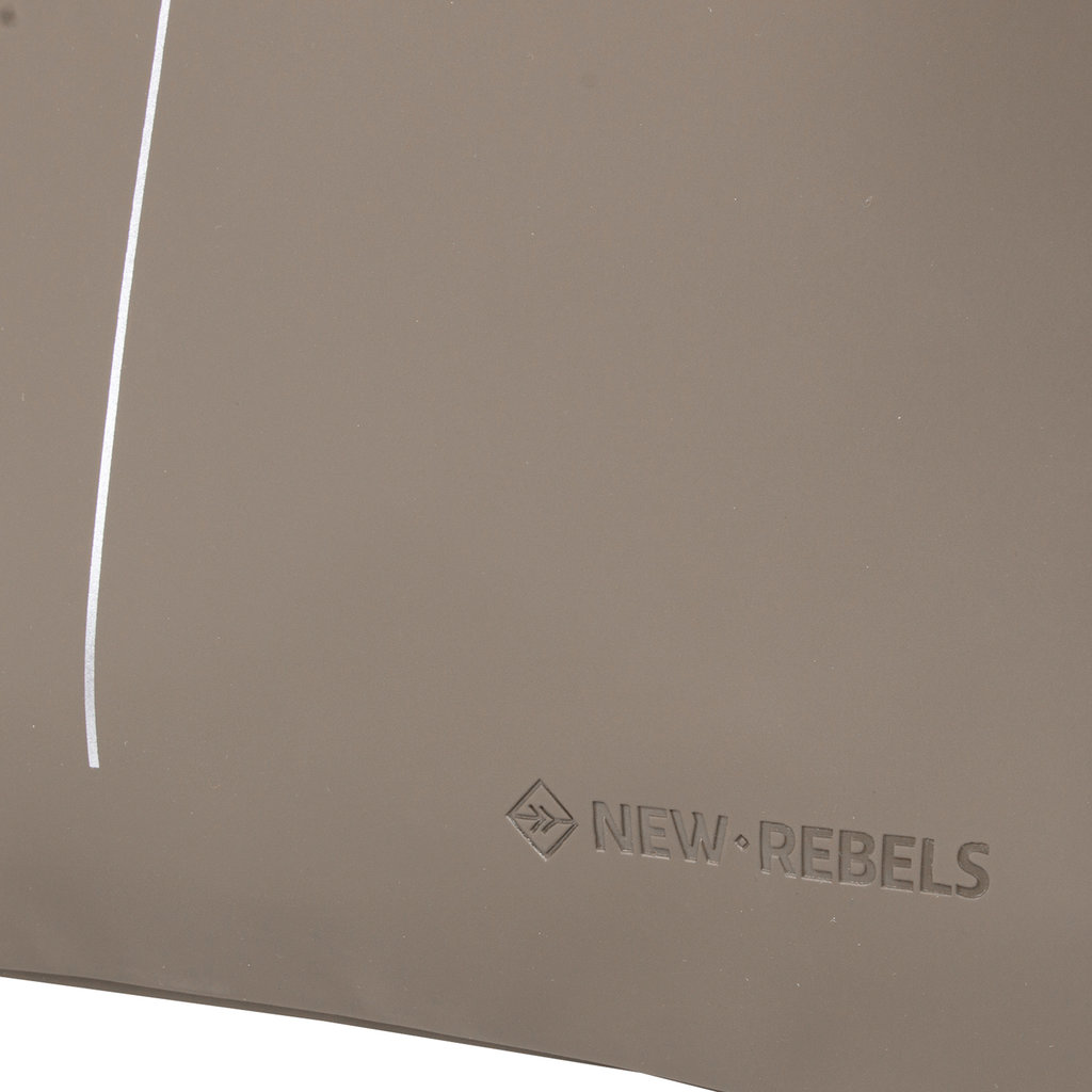 New Rebels® - Schoenentas - Zwemtas - Gymtas - 3L - Polyurethaan - Taupe