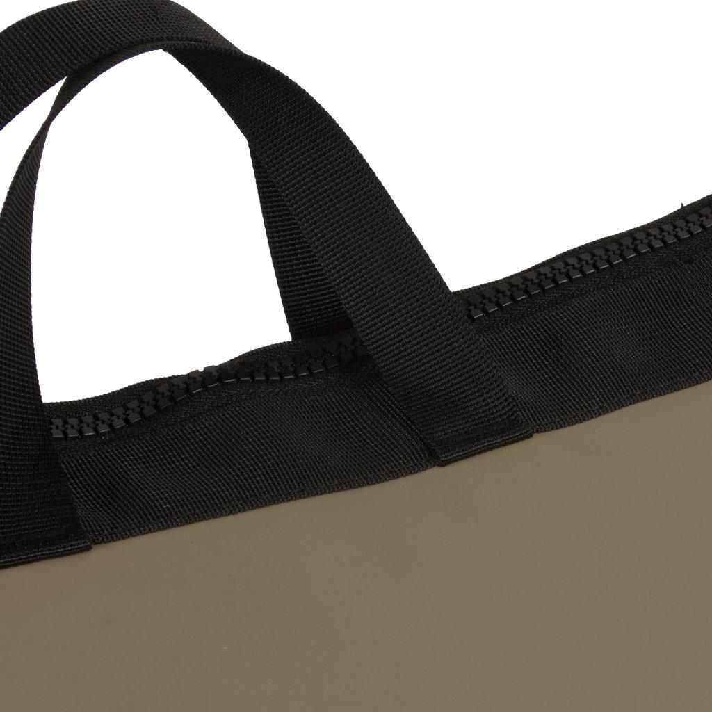 Mart Olive shopper backpack