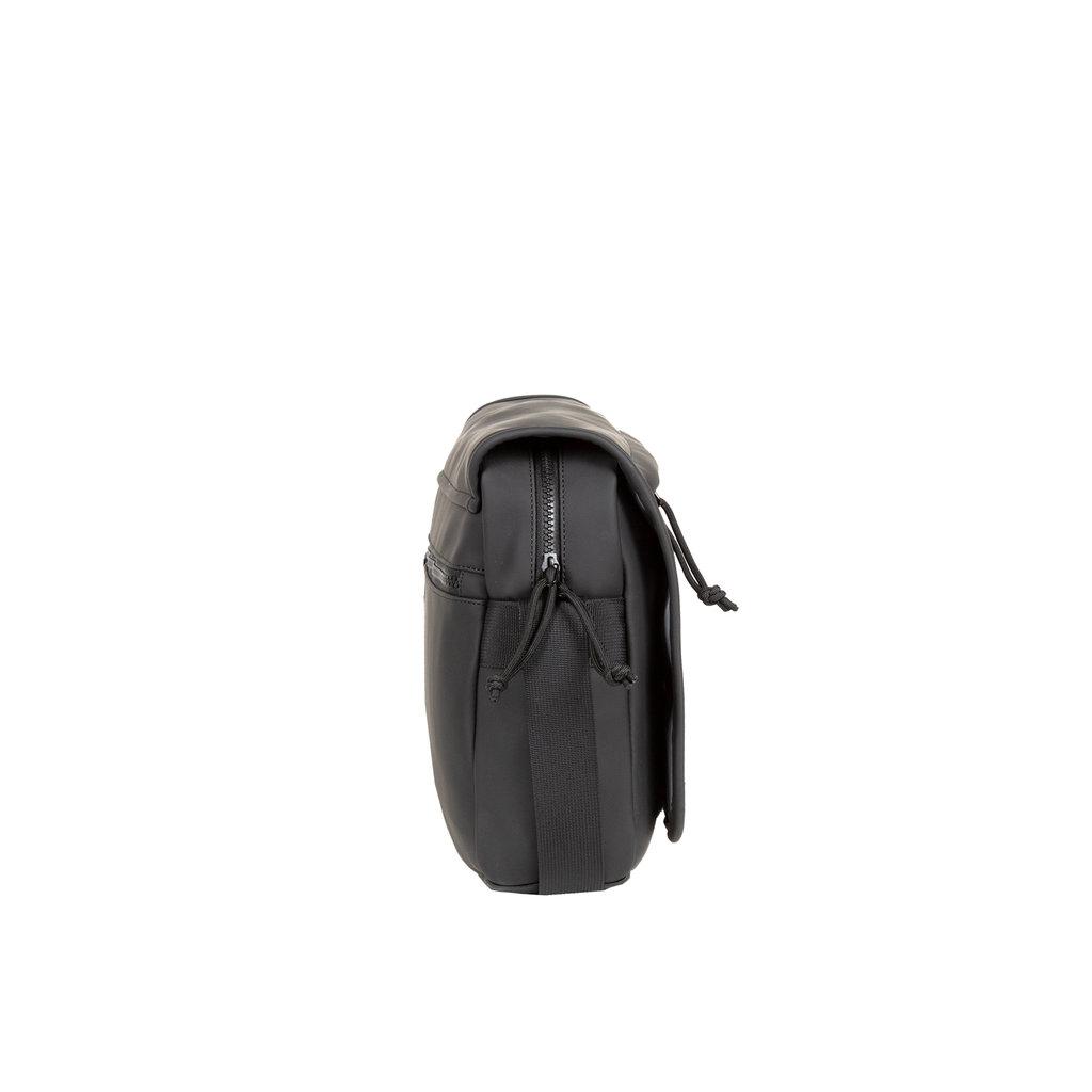 New-Rebels ® Mart - Flapover - Black - A5 - 31x9,5x26cm - Schoudertas