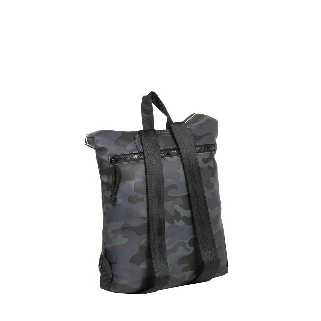 New-Rebels® Mart - Roll-Top - Backpack - Waterafstotend - Camouflage Army Dark - Small II - 27x8x33cm - Rugtas - Rugzak