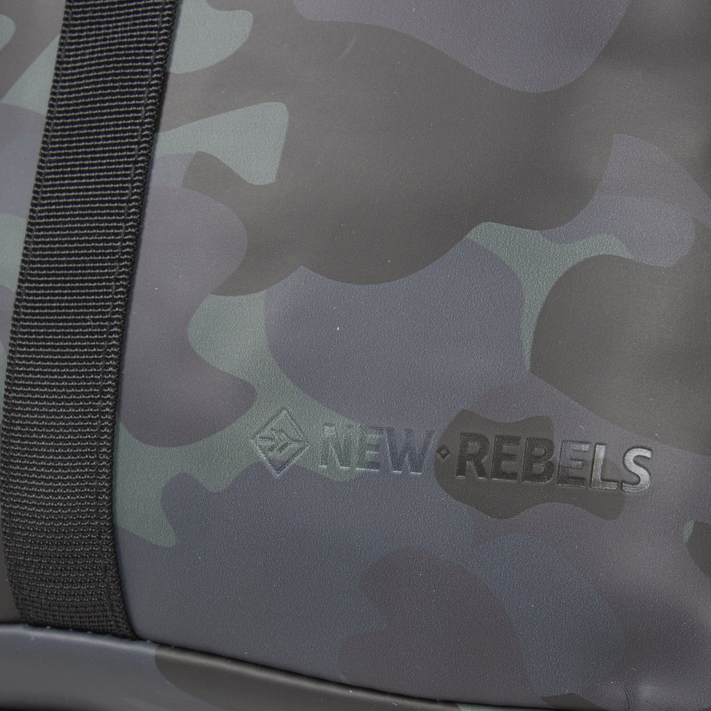 New-Rebels® Mart - Roll-Top - Backpack - Camouflage Army Dark - Small II - 27x8x33cm - Backpack