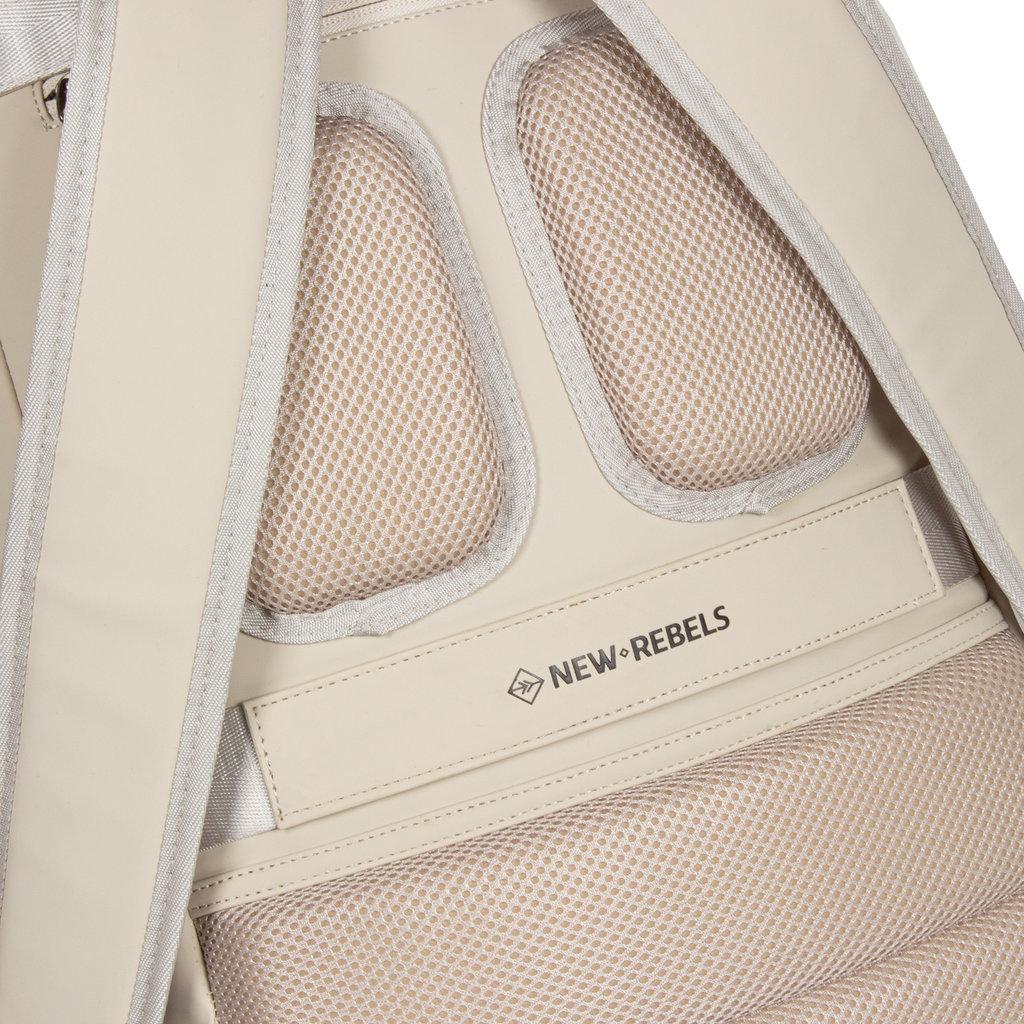 New-Rebels ® Harper - Backpack - Laptop compartiment  - 18 Liter - 44x35x50cm - Beige