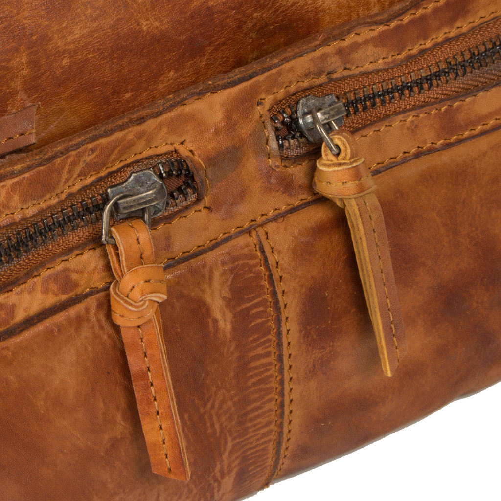 Justified Bags® Roma Longshape Top Zip Cognac