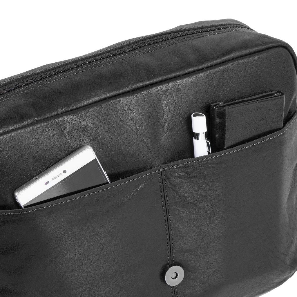 Justified Bags® Titan Medium Flapover Black