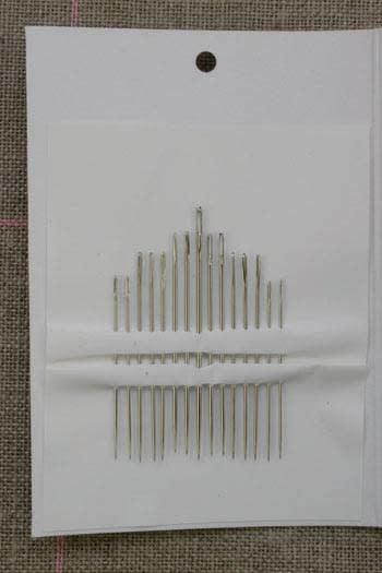 Sajou 15 Geassorteerde Spitse Borduurnaalden N° 3 t/m N°9 - SAJOU