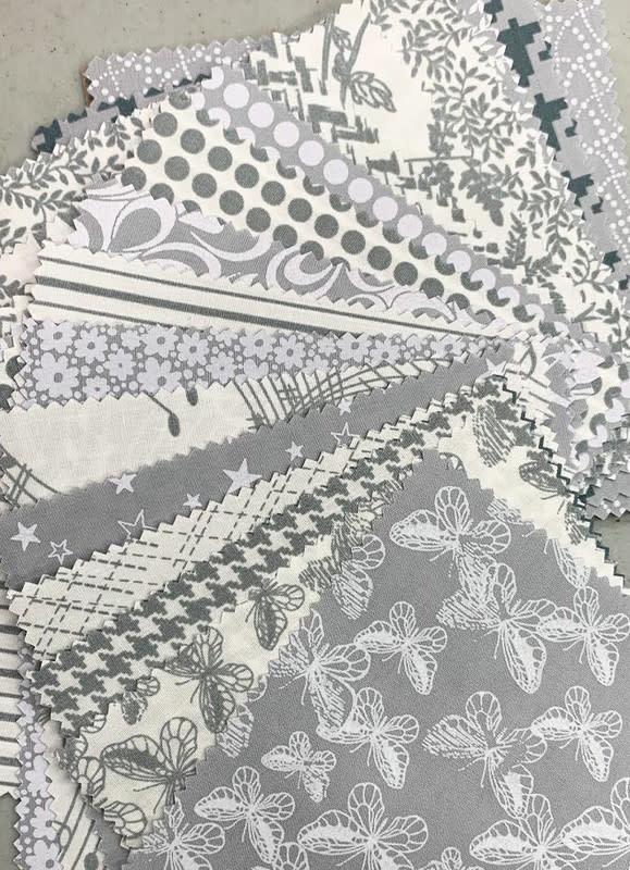 Benartex Cotton Gray/White 5x5 Pack