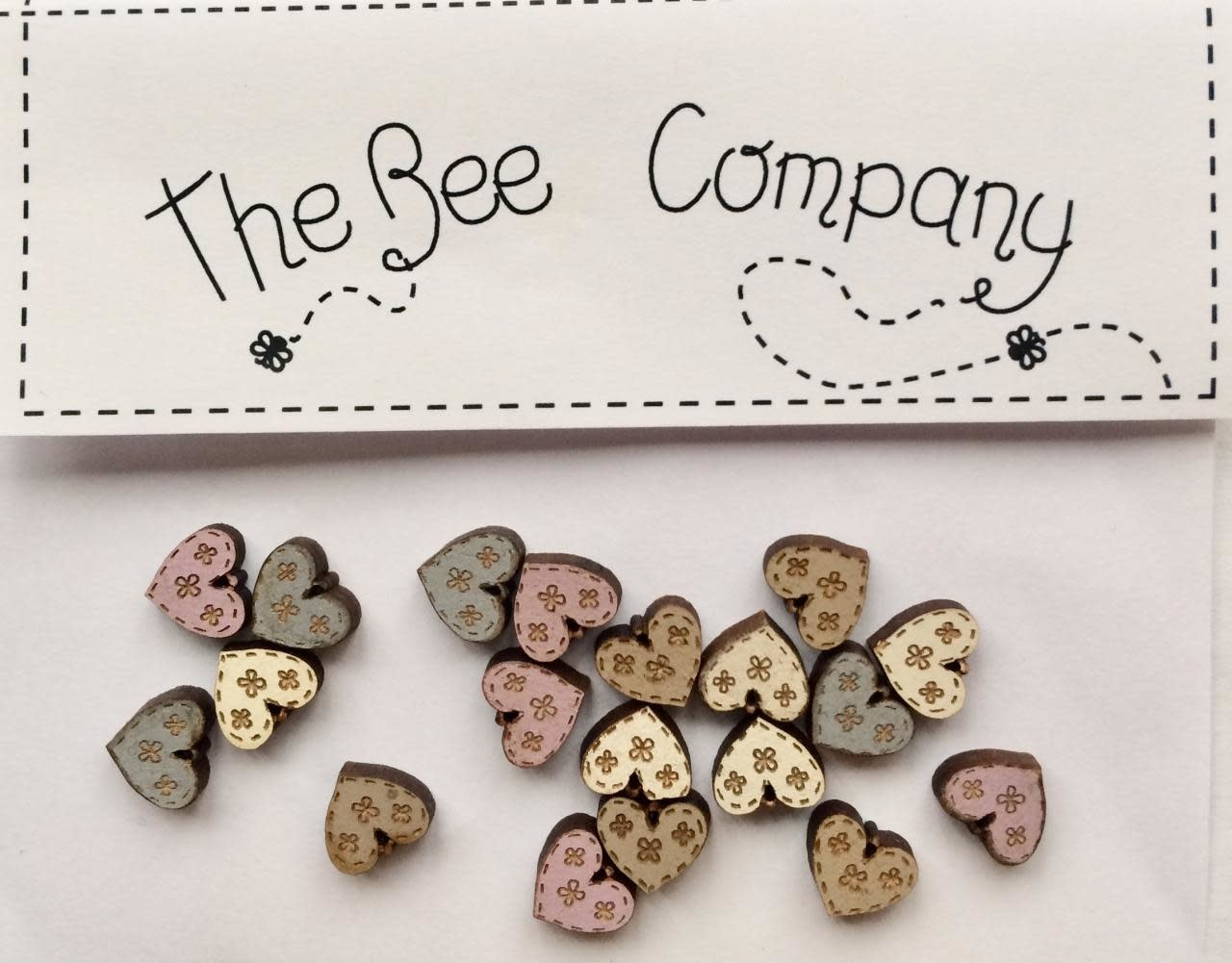 The Bee Company Buttons - Mini assorted hearts - TM12