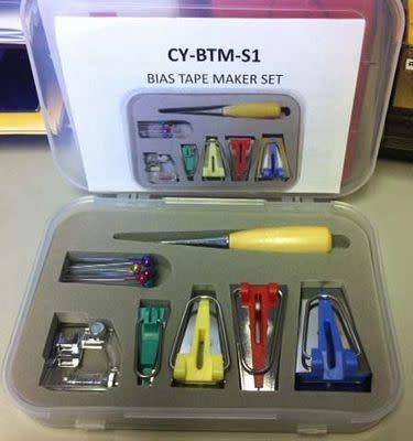Benartex Accessory set Bias tape maker with case - Benartex