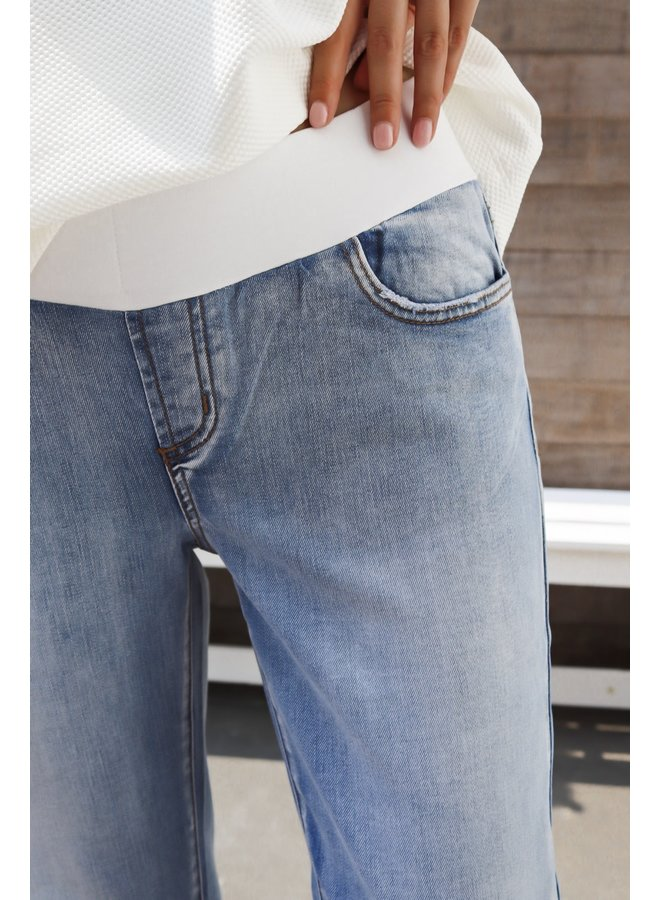 Jamie girlfriend pregnancy jeans