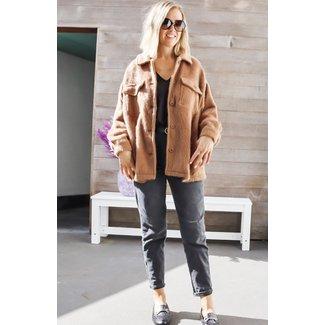 Short camel coat