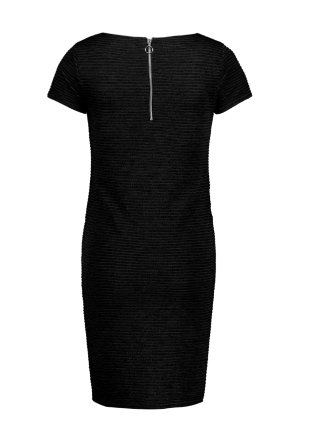 Dress is zinnia