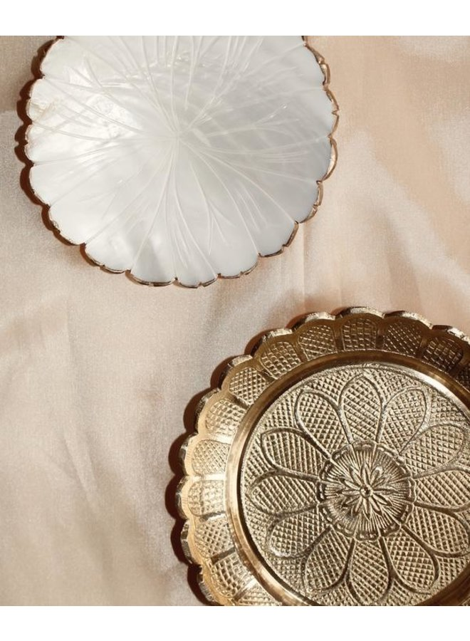 Daisy dish mother of pearl