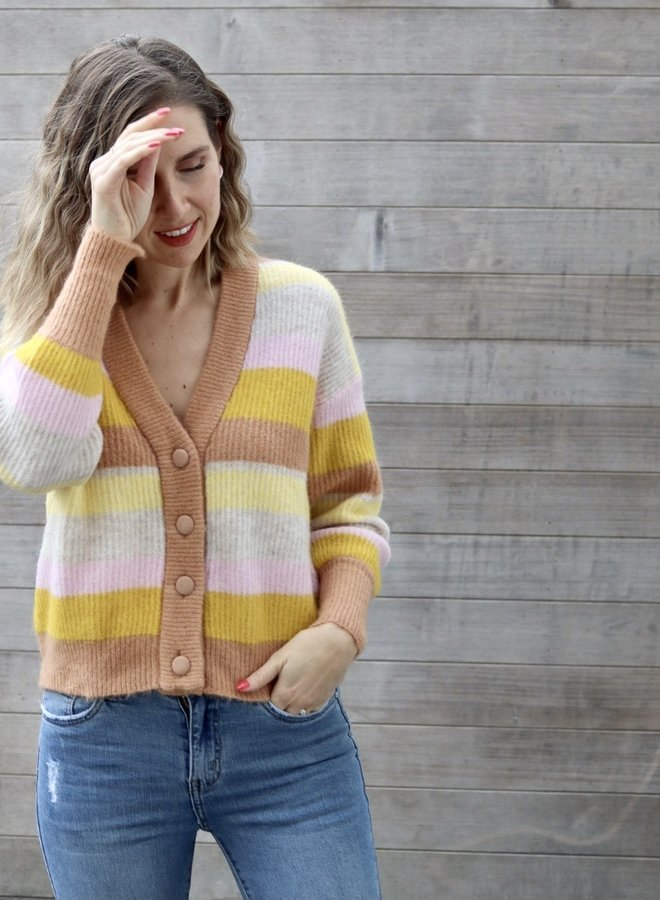 Yasegga knit cardigan sandstorm