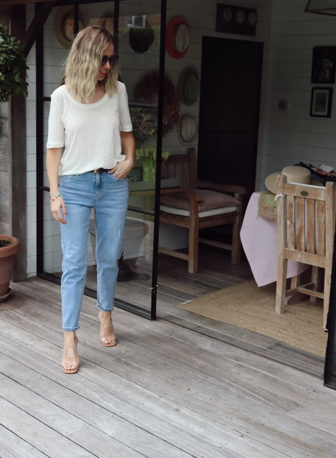 Mom jeans light blue distressed