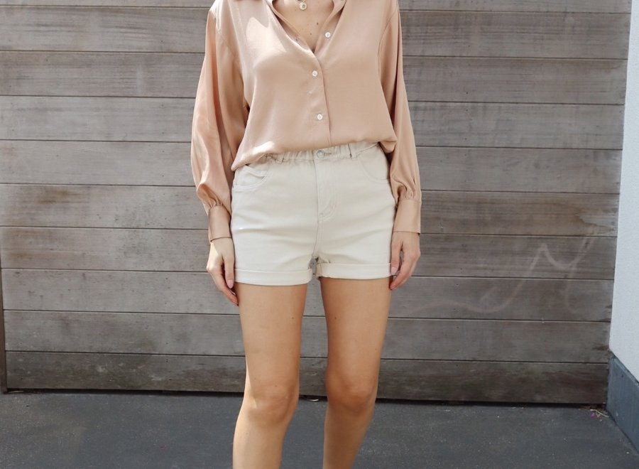 Jeans short nude