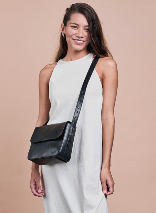 Gina bag black classic leather