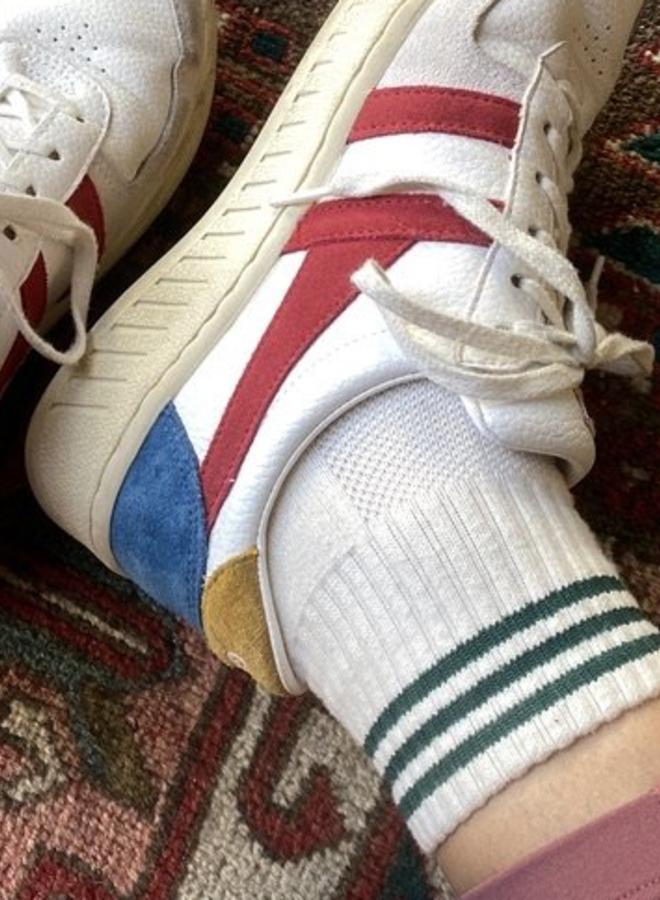Girlfriend socks Egret