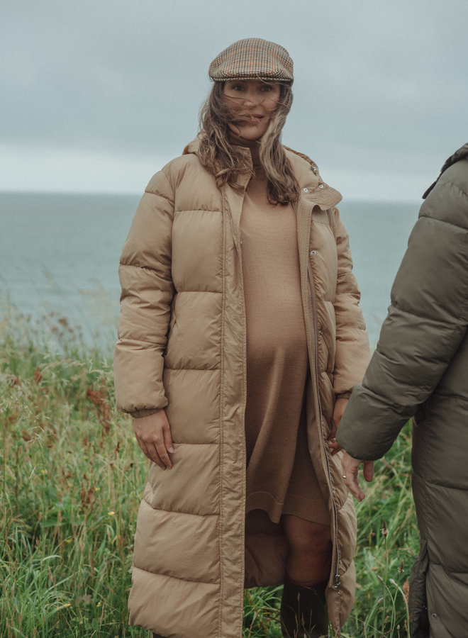 Kelvin padded maxi coat camel