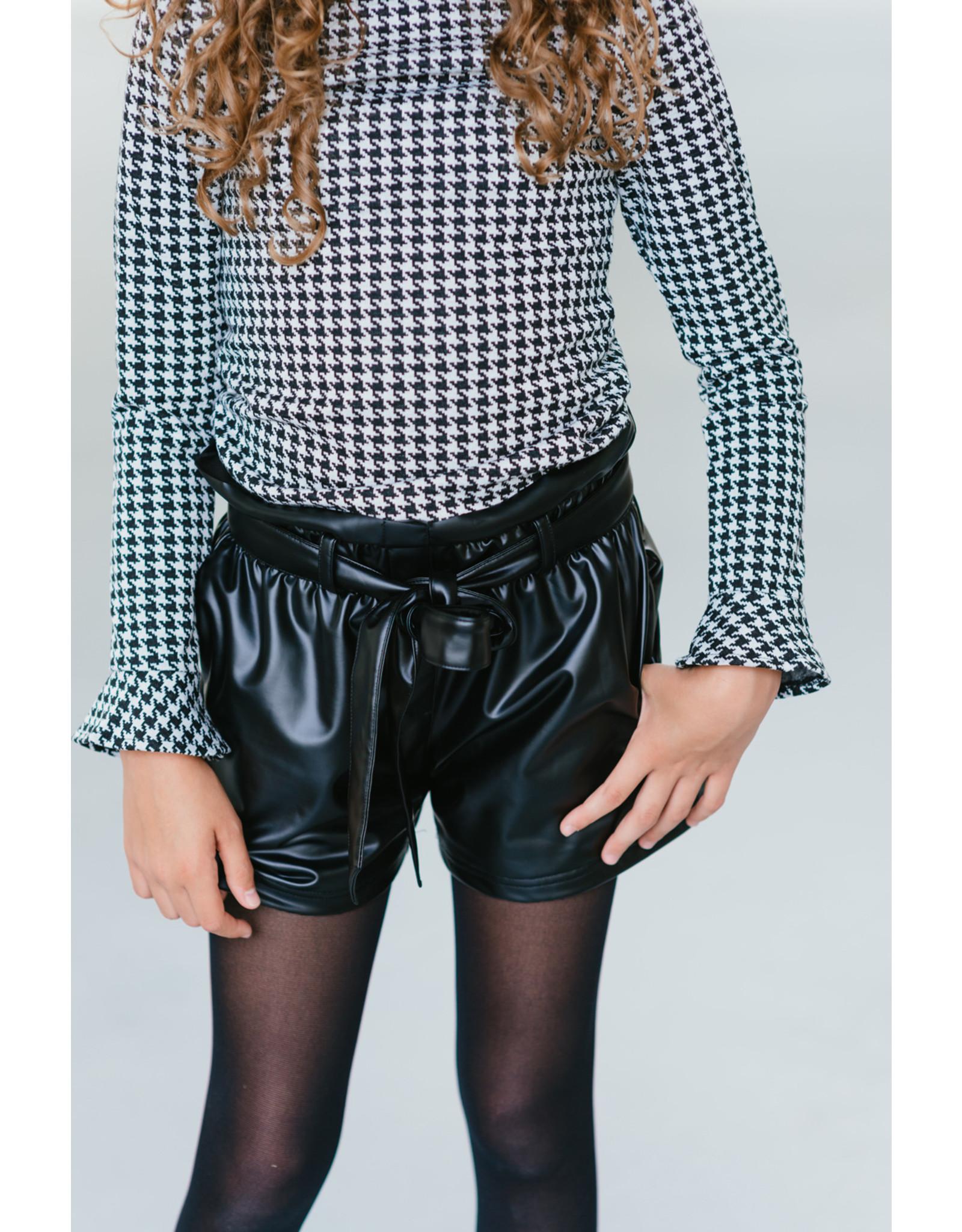 Topitm MissT short Zabel leather black