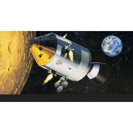 Revell Revell - Apollo 11 Spacecraft with Interior - 1:32