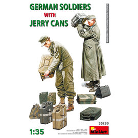 MiniArt MiniArt - German Soldiers w/Jerry Cans  - 1:35